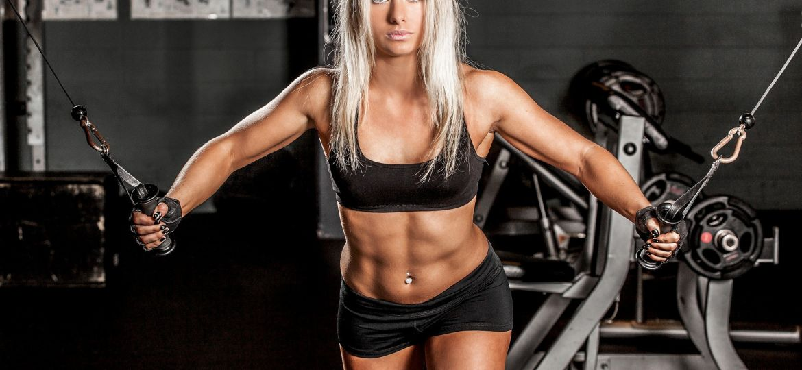 blonde-bodybuilding-gym-muscle-physique-weights-workout-1